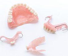 医療法人クローバー デンタルオフィスクローバー 入れ歯