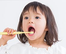医療法人クローバー デンタルオフィスクローバー 小児歯科